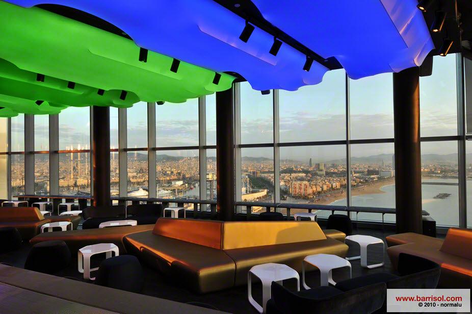 Bar eclipse del hotel w barcelona for W barcelona bar